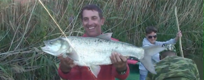 La pêche acheter le costume dété
