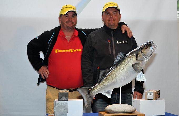 Richard et Yvan lors de leur victoire finale à Brest. Photo : JF Leroux - Pêche en Mer