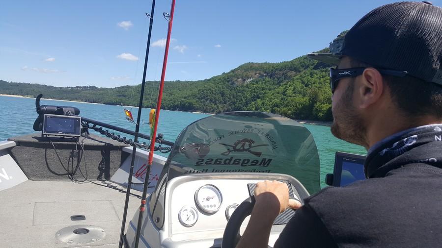 Ultimate Fishing à l'assaut du lac de Vouglans ! | Ultimate